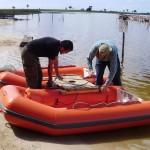 Preparação de barcos para amostragem sedimento de fundo